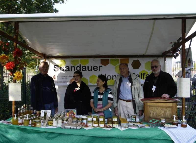 Honigstand des Spandauer Imkervereins